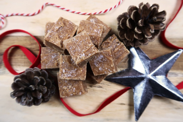 blogmas peanut butter fudge recipe