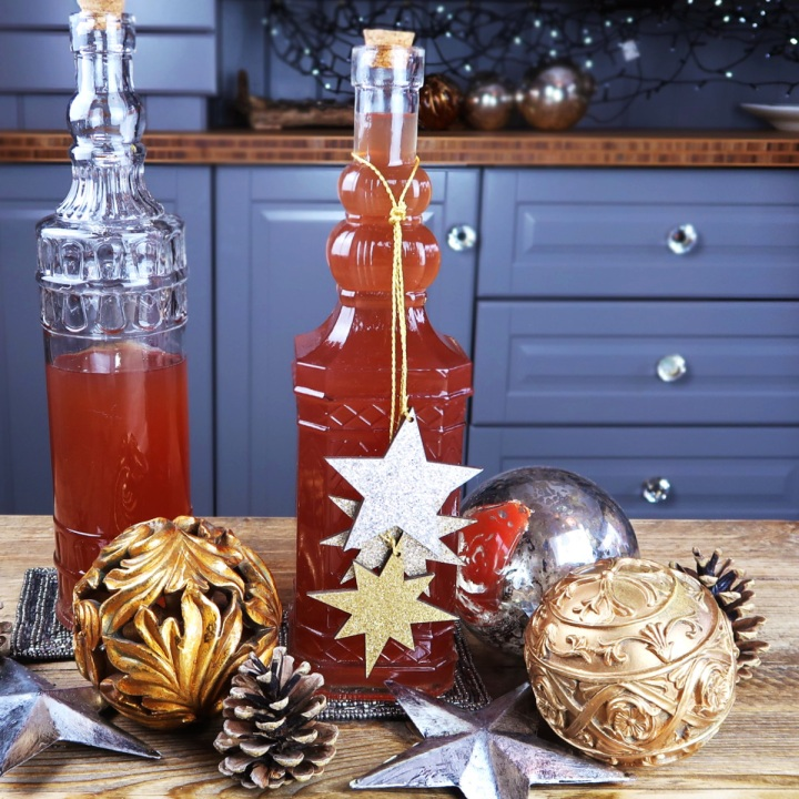 Spiced Pomegranate Gin Recipe